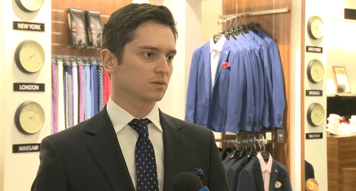 Polacy kupują garnitury najczęściej w sklepach sieciowych